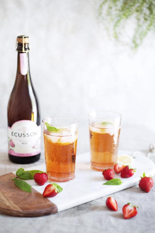 ecusson-cocktail-cidre-rosé-&-vodka