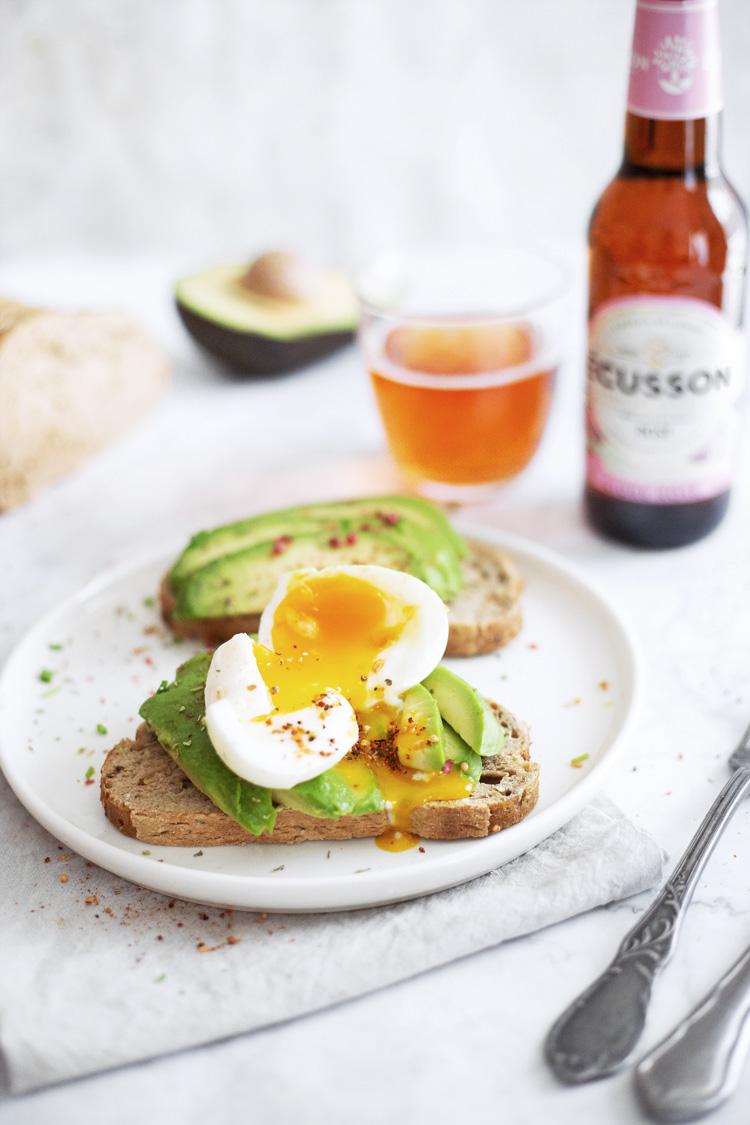 ecusson-avocado-toast2